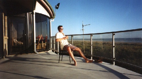 Andrew Wynd, AUS - Relaxing at Sandy Point, Victoria